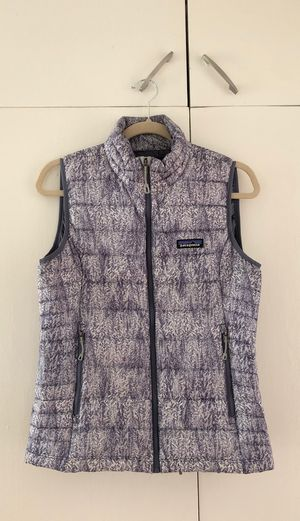 Patagonia Woman's Vest for Sale in Los Angeles, CA