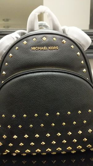 Michael Kors Abbey stuffed backpack for Sale in Gaithersburg, MD