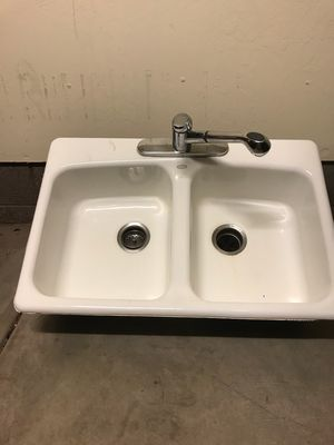 Cast iron sink, 33x22, $50.00 for Sale in Lakeside, AZ