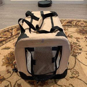Zampa Collapsible Pet Travel Crate for Sale in Woodinville, WA