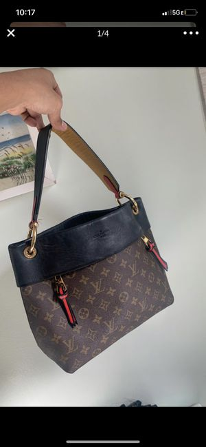 Louis Vuitton purse/bag . for Sale in Los Angeles, CA