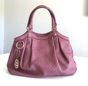 Authentic Gucci Sukey in Magenta for Sale in Las Vegas, NV
