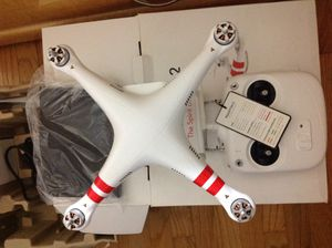 Dji phantom 2 new with box and battery, great for business! for Sale in Lincolnwood, IL
