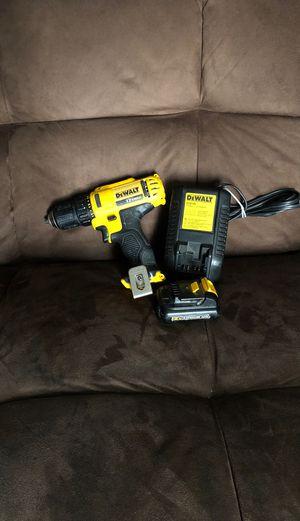 12 volts DEwalt drill for Sale in Costa Mesa, CA