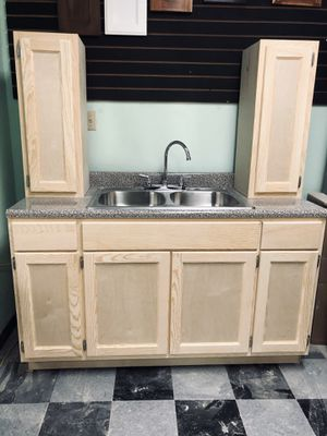 Kitchen cabinet for Sale in Norwalk, CA