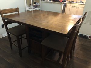 Solid wood table for sale! for Sale in Cary, NC