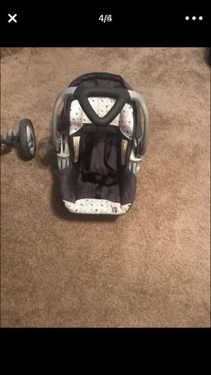 Baby Trend Car Seat/Stroller Set for Sale in Dallas, TX