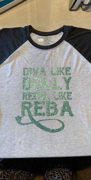 $25 glitter 3quarter length shirt for Sale in Selma, AL