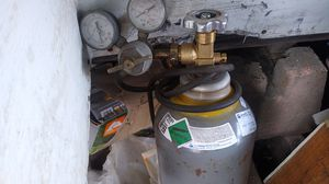 80 cubic foot tank of mixed gas for mig welding full bottle with gauges for Sale in Hillsboro, OR