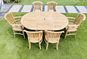 Grade A Teak Table & Chairs / Patio / Outdoor / Umbrella Hole / Home & Garden / Furniture / Free Loading for Sale in Chula Vista, CA