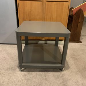 Side Table On Wheels for Sale in Renton, WA