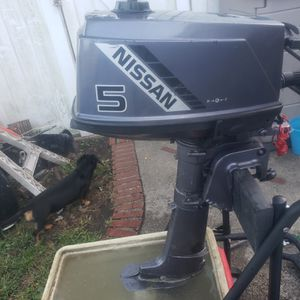 Nissan 5 hp two stroke outboard boat motor for Sale in Queens, NY