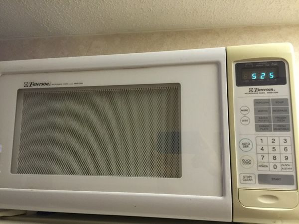 Emerson Microwave Oven Model Mw8126w For Sale In Spring