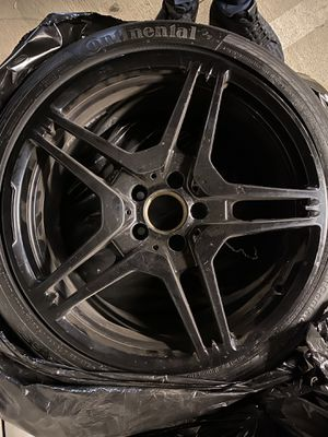 Cls 63 oreginal rims and tires,full set only front right has a damage for Sale in Los Angeles, CA