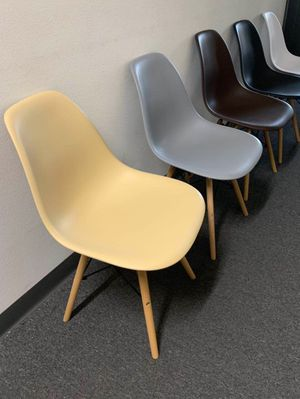 """NEW $25 each Mid Century Modern Eames Style dining leisure DSW 18 wide x 31 inches tall seat height 17"""" chair 5 colors beige white black grey or brow for Sale in Los Angeles, CA"""