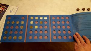 Canadian Coin Collection (About 320 Coins) for Sale in Chelan, WA