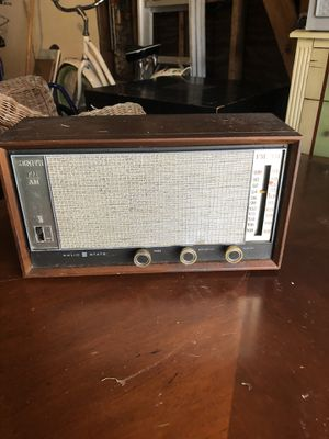 WORKING-Rare antique Vintage Zenith Mid Century Solid State FM AM Radio Dial Tuner Z426W works. for Sale in Huntington Beach, CA