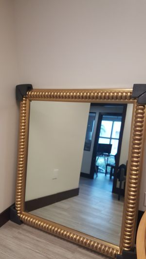 Wall mirror with wood frame for Sale in Fort Lauderdale, FL