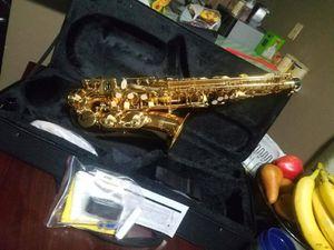 Nuevo alto saxophone for Sale in Los Angeles, CA