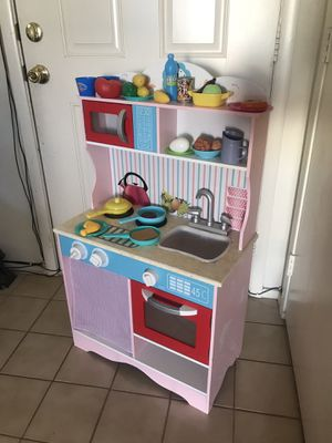 Toy kitchen wooden playset for Sale in Las Vegas, NV