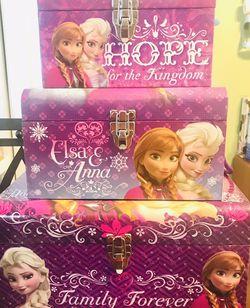 Disney Frozen 3 Piece Nesting Dome Storage Trunks Set for Sale in Providence,  RI