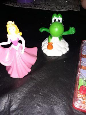 Mario mini game with princess and yoshi for Sale in San Antonio, TX