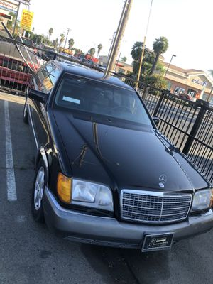 1994 Mercedes Benz s500 for parts for Sale in Bellflower, CA