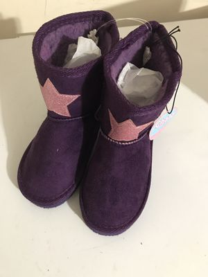 Toddlers girls winter boot size 9-10 for Sale in Houston, TX