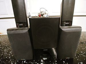 Surround sound speakers. Sub woofer for Sale in Alafaya, FL