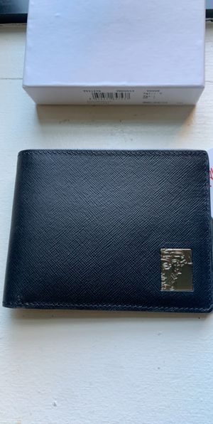 Men's Versace Wallet for Sale in Philadelphia, PA