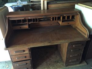 "60"" Antique roll top $600 for Sale in Grandview Heights, OH"