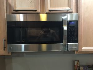 Kenmore Elite Over Range Microwave for Sale in Pittsburgh, PA