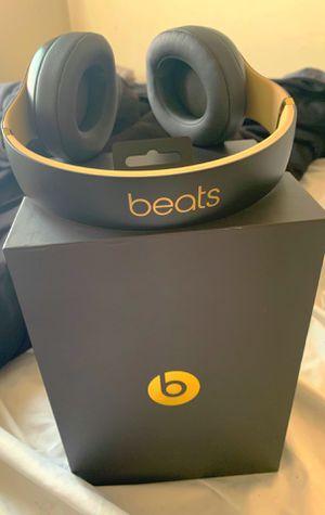 Dre beats studio for Sale in Harrisburg, PA