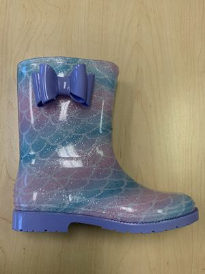Rain boots kids girls sizes 11,12,13,1,2 ,3,4 for Sale in Cudahy, CA