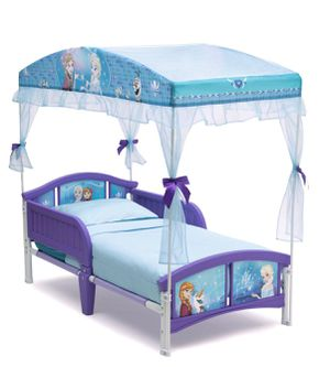 Toddler Canopy (not included mattress) for Sale in Dallas, TX