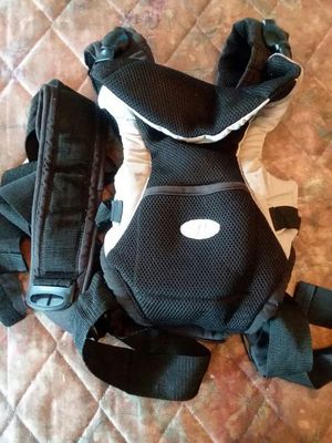 Infantino baby carrier $20 for Sale in Columbus, OH