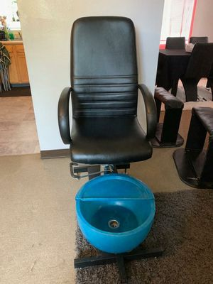 Pedicure chair for Sale in Waterbury, CT