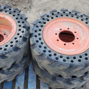 Bobcat Skid Steer Solid Tires 10-16.5 10x16.5 for Sale in San Dimas, CA