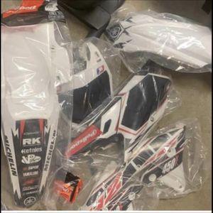 Yz250/450 Plastics 2014-2017 for Sale in Glen Burnie, MD