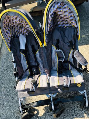 Jeep Double Stroller(only used twice) for Sale in Evergreen Park, IL