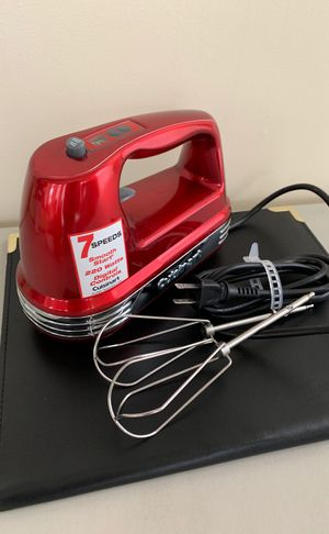 Cuisinart hand mixer (7 speed) for Sale in Centreville, VA