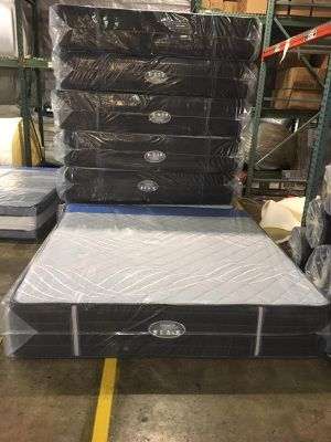 MEMORY FOAM AND PILLOW TOPS for Sale in Fort Washington, MD