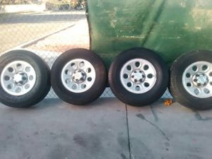 CHEVY RIMS AND TIRES R16 for Sale in Las Vegas, NV