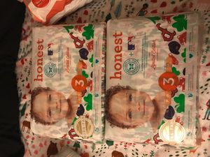 Diapers size 3 for Sale in Los Angeles, CA