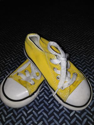 Toddler Converse size 7 for Sale in Fontana, CA
