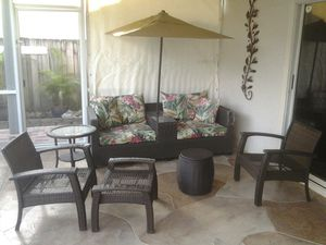 6 pc outdoor furniture set sofa with cushions chairs foot rest end table basket umbrella for Sale in Pompano Beach, FL