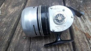 Vintage Shakespeare Model 1788 Heavy Duty Fishing Reel - centerville or englewood for Sale in Dayton, OH