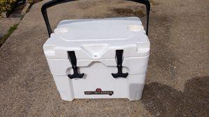Igloo sportsman rotomold cooler yeti like for Sale in Hampton, VA
