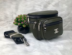 Camera/Waist bag for Sale in Los Angeles, CA