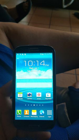 Samsung S3 for Sale in Los Angeles, CA
